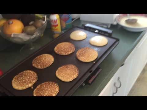 How to make: Banana Apple Oat Pancakes!