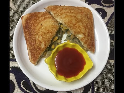 White sauce sandwich/ Healthy snacks for kids/ Cheesy corn and spinach sandwich