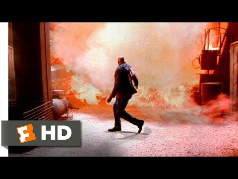 Chain Reaction (3/3) Movie CLIP - Up the Shaft (1996) HD