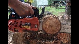 Holzfforma G372 vs Big Azz Maple Tree, Saw Gets Worked  Hard