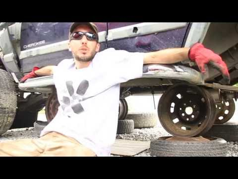 How To Pull a Transfer Case at the Salvage Yard