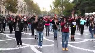 "Любители азери рэпа , вам сюда. http://vk.com/azeri_rep Улётный флешмоб - танец на улицах Баку номер один! ▶ Like: http://www.facebook.com/flashmob.azer... ▶ Join: http://www.facebook.com/groups/flashm... ▶ Follow: http://twitter.com/FlashmobAz ▶ Subscribe: http://www.youtube.com/flashmobazerba... ▶ Email: Video by Telman Bagirov http://www.youtube.com/user/telmanbag... Madagascar Flashmob music mix by DJ AKG! https://www.facebook.com/akgdj 1 - Kenan Doğulu - Çakkıdı (DJ Onur remix) 2 - Serebro - Song Number One 3 - Cip-Cip Cucelerim (Disco remix) 4 - Queen - We Will Rock You (Crazy Frog version) 5 - Will.I.Am - ""I Like to Move It"" Madagascar"