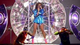 Rihanna - Only girl (in the world) - Oslo 2011-10-30