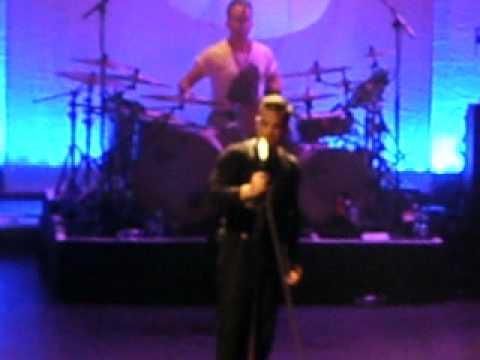 robbie williams southend 16th sept 2012 Eternity.AVI