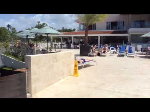 VH ATMOSPHERE APRIL 2018 by the main pool