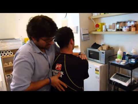 Acute neck muscle spasm, uppercross, chiropractor Croydon treatmnens for Neck pain