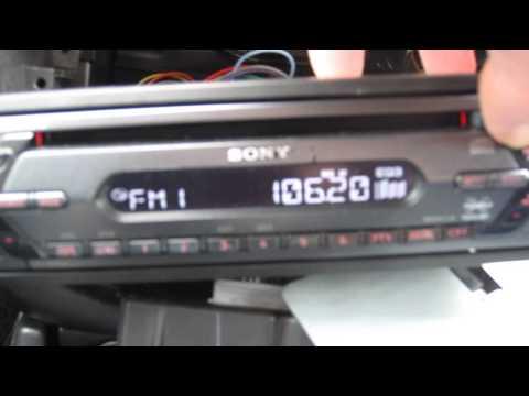 SONY CDX-S2050 head unit in car test