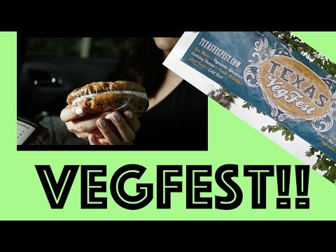 The Vlog Where We Go to Vegfest!
