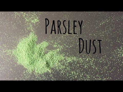 Parsley Dust // Dehydrator // Garnish // Vegan // Breaking Chegan