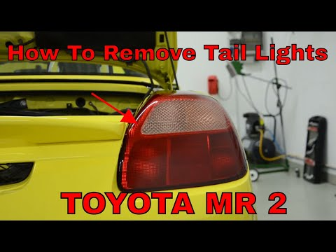 Tail light removal Toyota mr2