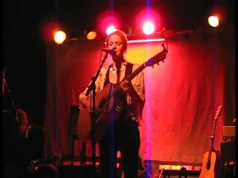 Gemma Hayes - Cloudbusting (amazing live acoustic)