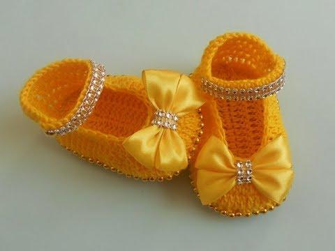 (Crochet-Crosia) crochet baby girl Booties tutorial urdu/hindi