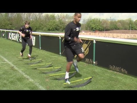 How to improve your speed, stamina and strength | Soccer training drill | Nike Academy