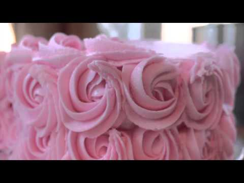 Cake Tutorial - How to make a Cute and Simple Valentine's Day Heart Shaped Cake