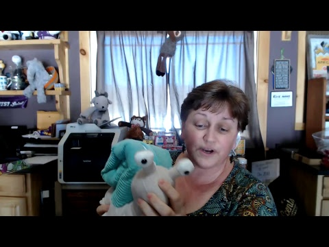 Show n' Tell - Sia the Snail Scentsy Buddy unboxing!