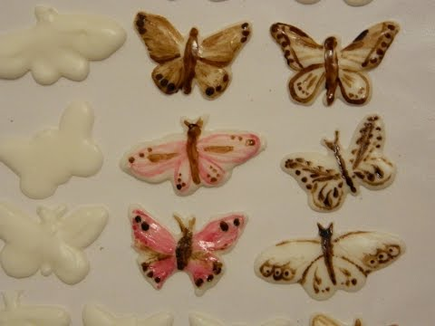 Как сделать  сахарное украшение: бабочки из айсинга / How to make sugar butterflies from icing