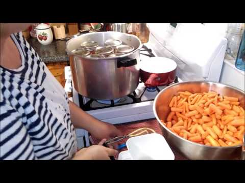 CANNING STORE CARROTS