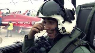 Red Arrows meet Silver Arrow with Lewis!