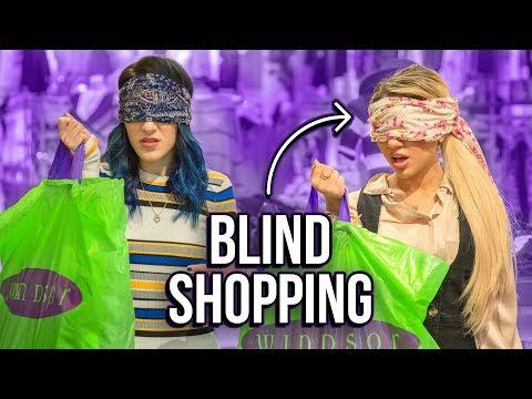Blindfolded Shopping Challenge! Niki and Gabi