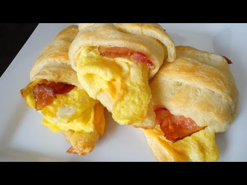 Bacon, Egg & Cheese Crescent Roll-Ups
