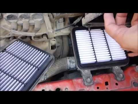 Changing the air filter of the engine to Chevrolet Spark, audio: English