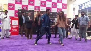 Mahira khan Dancing In Zaalima with Lucky fan Arslan (03324162683)