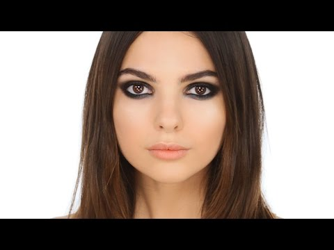 Kendall Jenner Smokey Eye -Editorial