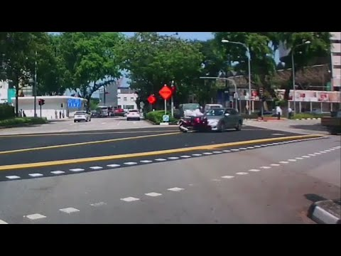 7jun2018 accident btw motorbike & toyota altis at anson / maxwell road