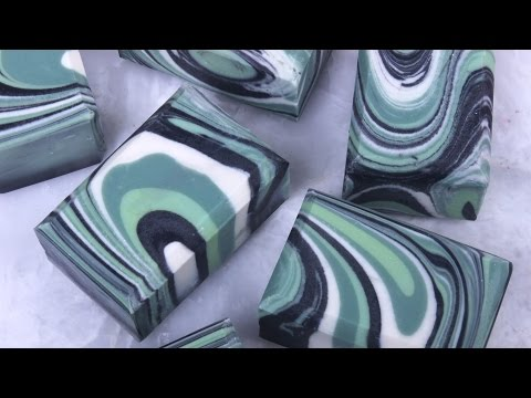How to Make Spin Swirl Soap