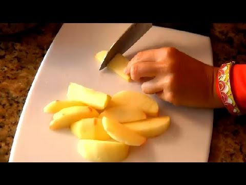 How to Cook Apples for Babies as Finger Food : Cooking with Apples