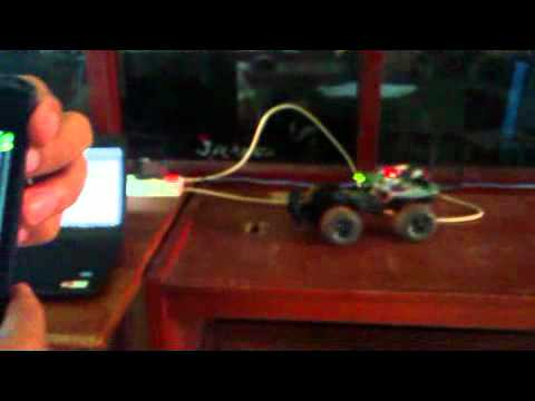 AndroidRobot-socket network~communication.Linksyswrt54Gl - android.mp4