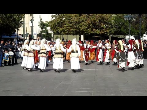 Traditional Greek Dance & Music in Syntagma Square, Athens