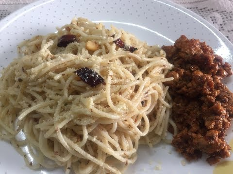 How to make Easy Spaghetti with Garlic, Oil & Chili