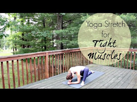15 Minute Yoga Stretch for Tight Muscles - Relax, Refresh, Restore - Yoga Stretches for Soreness