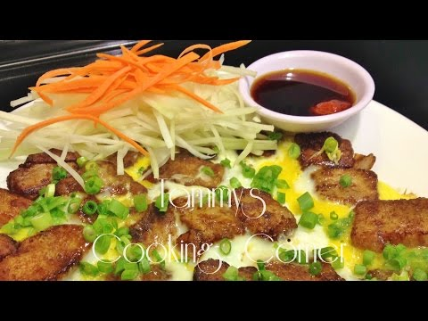 Banh Bot Chien (Bột Chiên Trứng) - Fried Rice Flour Cake