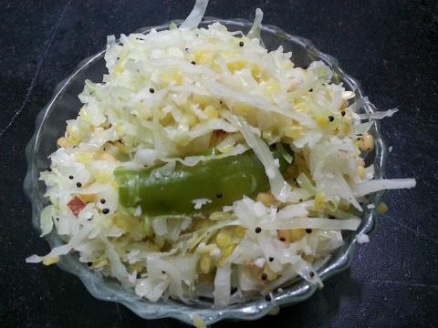Muttakose porial/Cabbage fry
