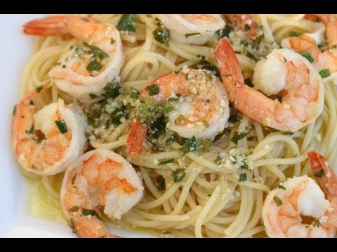 Shrimp Scampi - A Delicious Italian Pasta Dish With Lot's Of Garlic, Wine, Butter, Parsley