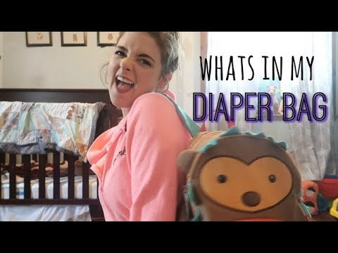 WHATS IN MY DIAPER BAG | ONE YEAR OLD EDITION