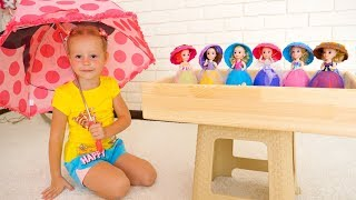 Download Настя собирает сюрпризы и куклы под дождём Видео про игрушки Nastya pretend play with toys and dolls Video