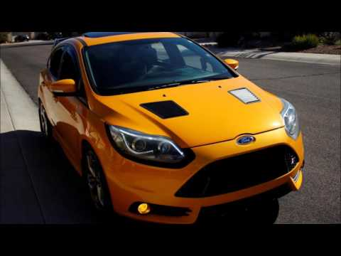 Velox Motorsports Ford Focus RS/ST Hood Louver