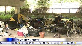 Tent city reappears under Gardiner Expressway
