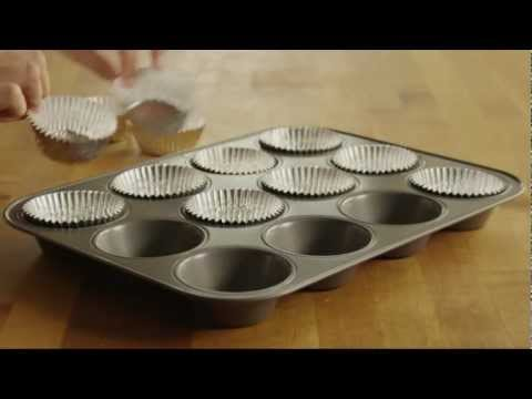 How to Make Banana Oat Muffins