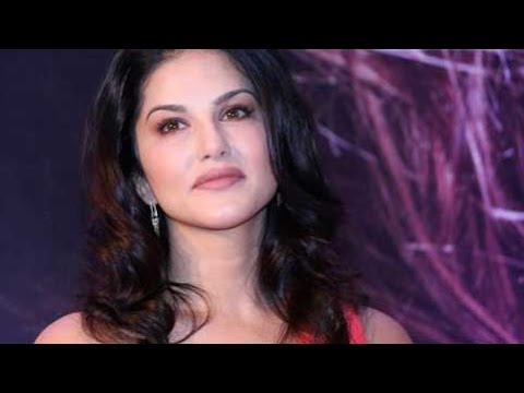 Xxx Mp4 Sunny Leone Getting A Song In SRK Movie Is Like Disneyland's Golden Ticket 3gp Sex