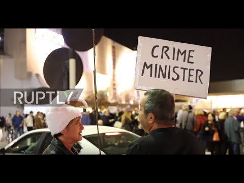 Israel: 'Bibi go home!' - Protesters call on Netanyahu to step down over corruption allegations