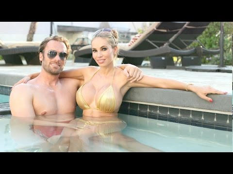 Xxx Mp4 Too Bling For Germany Baywatch Couple 39 S 100k A Month Life 3gp Sex