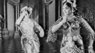 Aaja To Aaja (Padmini vs. Vyjayanthimala)