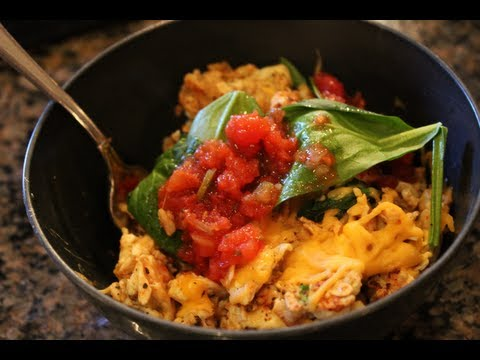 Easy Breakfast to Gain Muscle or Lose Weight:  Eggs & Oats Scramble