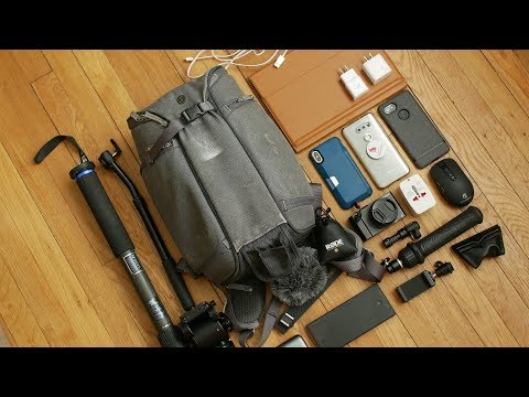 What's in my bag for Mobile World Congress 2018?