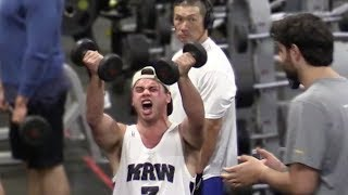 Loud Screaming At Golds Gym Prank
