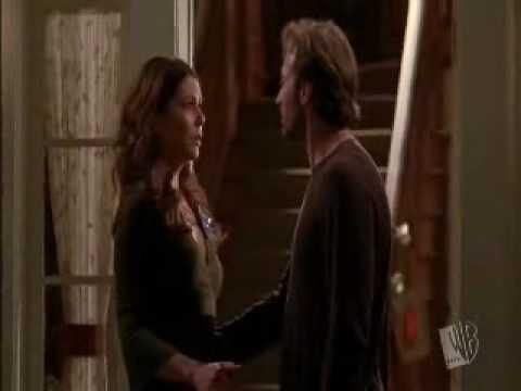 Luke and Lorelai Their First Kiss